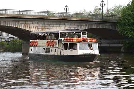 French Brothers Boats Chertsey to Hampton Court Service